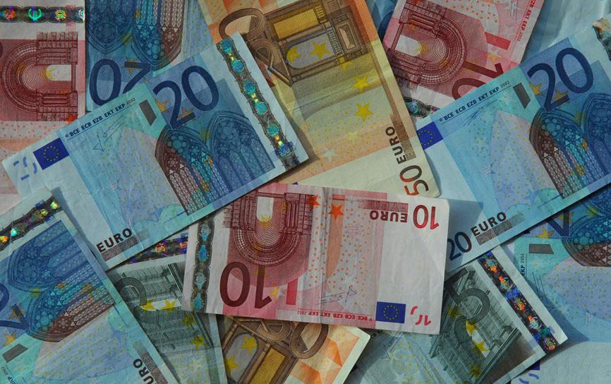 Jetzt ab 300 EURO pro EFH staatliche Foerderung!